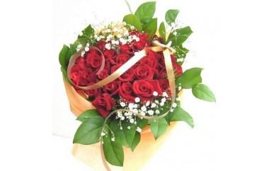 [№5729-0109]赤系のバラの花束40本カスミソウ付き