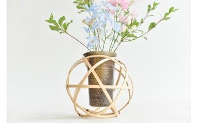 5-017 『花結び』(球体と花びんのセット) 五角(登り窯)