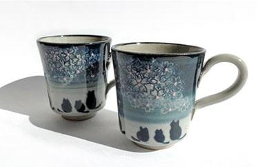 E006 陶修窯 碁点焼 藍夜桜マグカップ(猫)ペアセット
