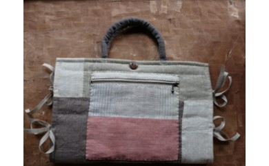 染織作家 宮崎朝子の手織りヘンプPC ケース(11インチ用)