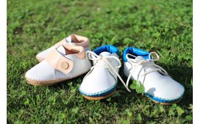 A447 まる歩靴工房 手作りベビーシューズ(牛革 白×ピンク)