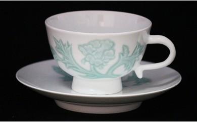 A300-4 人間国宝 井上萬二作 白磁緑釉牡丹彫文紅茶碗