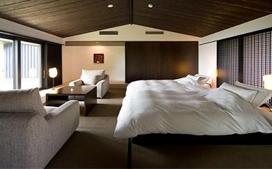 M-1 ホテルリッジ宿泊券(一泊二食 1室2名分)