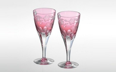 F-1320 カガミクリスタル社製「 <桜柄グラヴィール>ペアワイングラス」