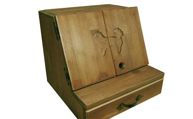 B-030 手作り木製 ペット用仏壇・ペット用メモリアル