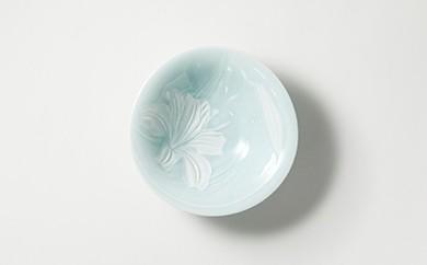 有田焼/川崎精一/カサブランカ陰刻三つ脚鉢(咲き盛り)