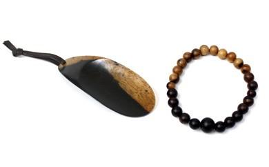 B244:黒柿 念珠ブレスレット(小玉)、携帯靴べらセット