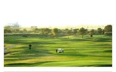 AP01_古河市営ゴルフ場古河ゴルフリンクス平日ペアゴルフプレー無料券(2名分)食事つき