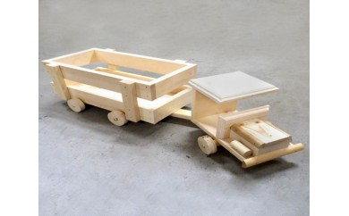 No.051 木製トレーラー