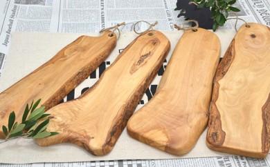 [№4631-1162]オリーブの木で作ったカッティングボード【Leccinoレッチノ】(S)