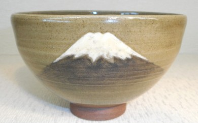 [№5735-0193]虫明焼 灰釉茶碗-富士山-(黒井千左作)