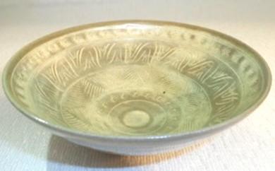 [№5735-0189]虫明焼 灰釉三島平茶碗(黒井博史作)