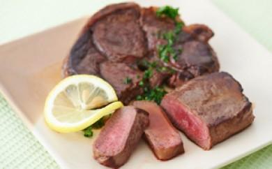 [№5742-0330]北見エゾシカ熟成(ドライエイジング) もも肉(内もも、しんたま)ステーキ肉 750g