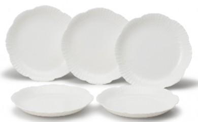[№5856-1043]ファインボーンチャイナ【花のかたち】ケーキ皿セット