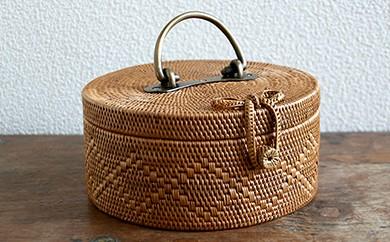 バリ島発アタ製品 真鍮取っ手・リボン付き丸型バスケット