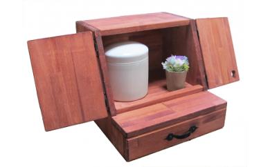 B-031 手作り木製 ペット用仏壇・ペット用メモリアル お花付き