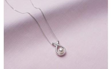 真珠品評会入賞常連のオーハタパールが作る海の宝石 アコヤ真珠シルバーペンダント