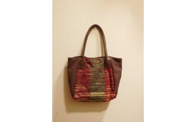 B093③ 裂き織りのバッグ