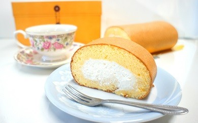 147.【ケーキ工房モンクール】ふんわりふわふわ♪豆乳クリームたっぷりのヘルシーなロールケーキ