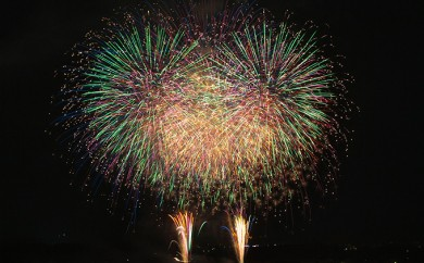 [№5755-0083]嵐山さくらまつりでメッセージ付き花火を打ち上げ