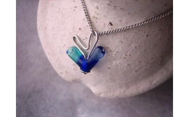 30E-090 ガラスの小鳥ネックレス