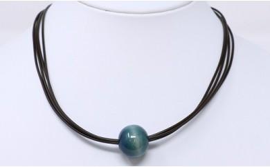 020-001 藍玉ネックレス(天然木)1個玉