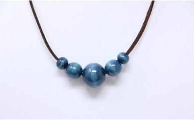 040-006 藍玉ネックレス(天然木)5個玉 合皮