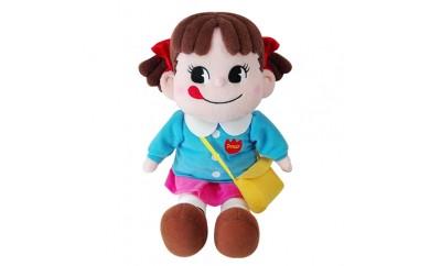 H164 園児服を着たペコちゃんぬいぐるみ(小)