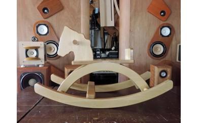 Q-7001 手作り木馬