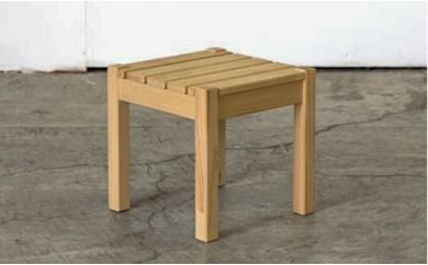 北海道育ちの木材を使った宮大工特製「花台」