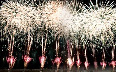 豊かな大自然を満喫!ツインリンクへGO!【100枚限定】花火の祭典 夏 自由席観覧券