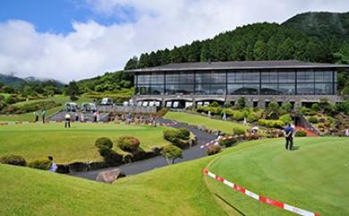 箱根湖畔ゴルフコース 全日1ラウンドセルフプレー券