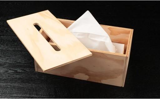 北海道育ちの木材を使った宮大工特製「ティッシュBOX」