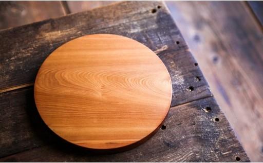 北海道育ちの国産桂無垢板カッティングボード(塗装なし)