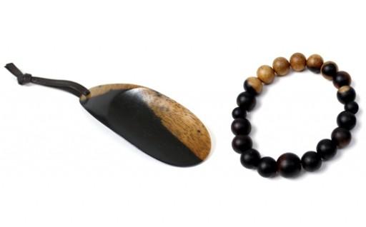 B255:黒柿 念珠ブレスレット(大玉)、携帯靴べらセット