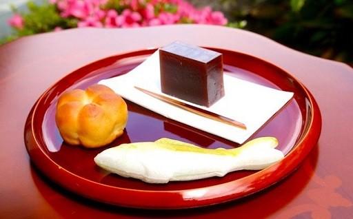 Ic-01 やさしい甘さがクセになる!和菓子屋「松鶴堂」のお接待セット