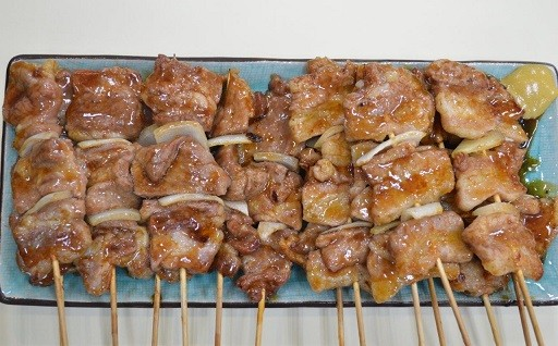 熟成豚肉使用 室蘭焼き鳥