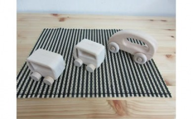 【数量限定】いずもく(和泉市内産木材)ヒノキの木製くるま 3台セット(大1台、小2台)