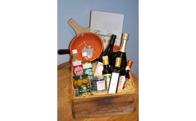 コンポヴェルデのワインとイタリア食材の木箱詰め合わせ