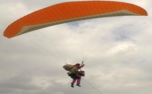 212 鳥取砂丘パラグライダー二人乗りタンデム体験
