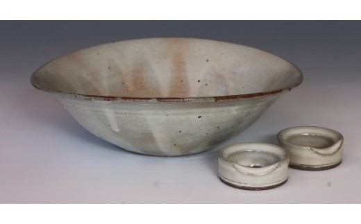 B082 粉引楕円平鉢、箸置き