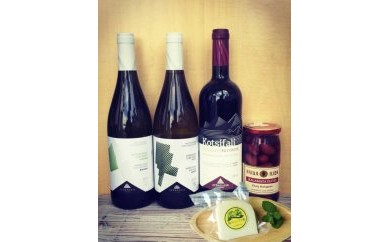 ◆森のシェーブル館チーズとギリシャ  クレタ島ワイン3種+オリーブの実セット