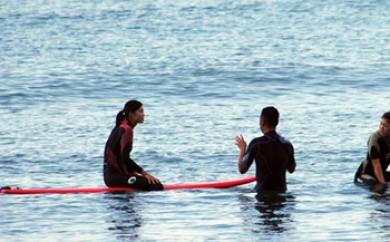 サーフィン体験スクール