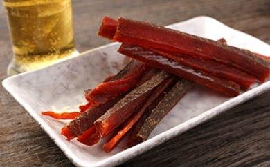 E035-C燻製のことならお任せください!「天然紅鮭とば超お得!セット」<三洋食品>【258pt】