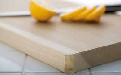 【職人歴65年の匠のこだわり】国産ほおの木 天然一枚板のまな板 52×25×3㎝