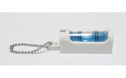 BA07 アクセサリー感覚に携帯できる水平器  水平くんプラス  SU-WC(白×青)【2500pt】