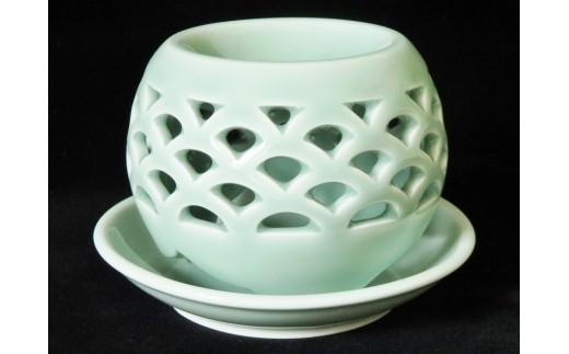 青磁茶香炉 「青海波」
