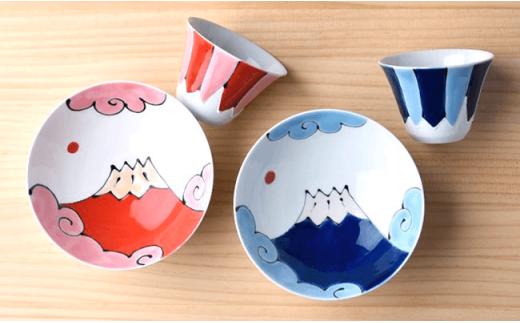 DC11 【波佐見焼】 富士山 平茶碗&フリーカップ 赤富士・青富士ペア4点セット-2