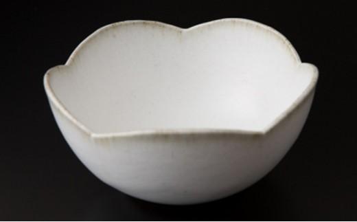 [№5805-2313]残雪釉輪花鉢