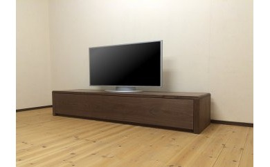 存在感あふれるウォールナット無垢材を使用した180cmのテレビボード[TV55]